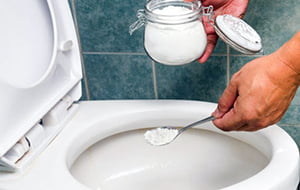 A few ways to get rid of the unpleasant odor of sewage