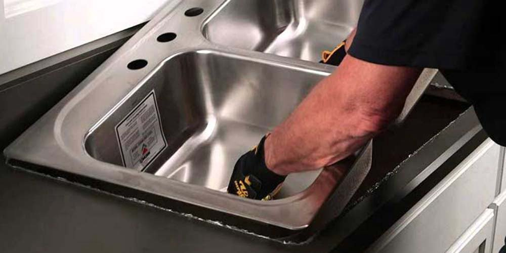 Solving the problem of sink leakage